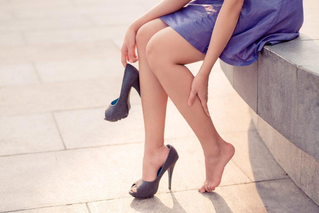 Cansancio y dolor de piernas: causas y cómo prevenir